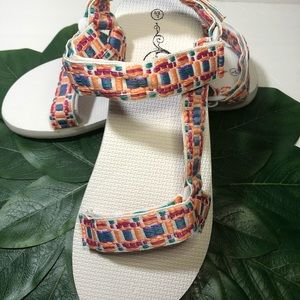 Sole Mate Embroidery Hiking Multicolor Sandals